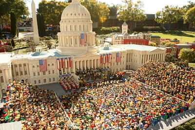 the-obama-inauguration-lego-style293434736